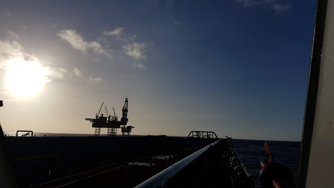 Venezuela gives Russia control of two new gas deposits, one near T&T