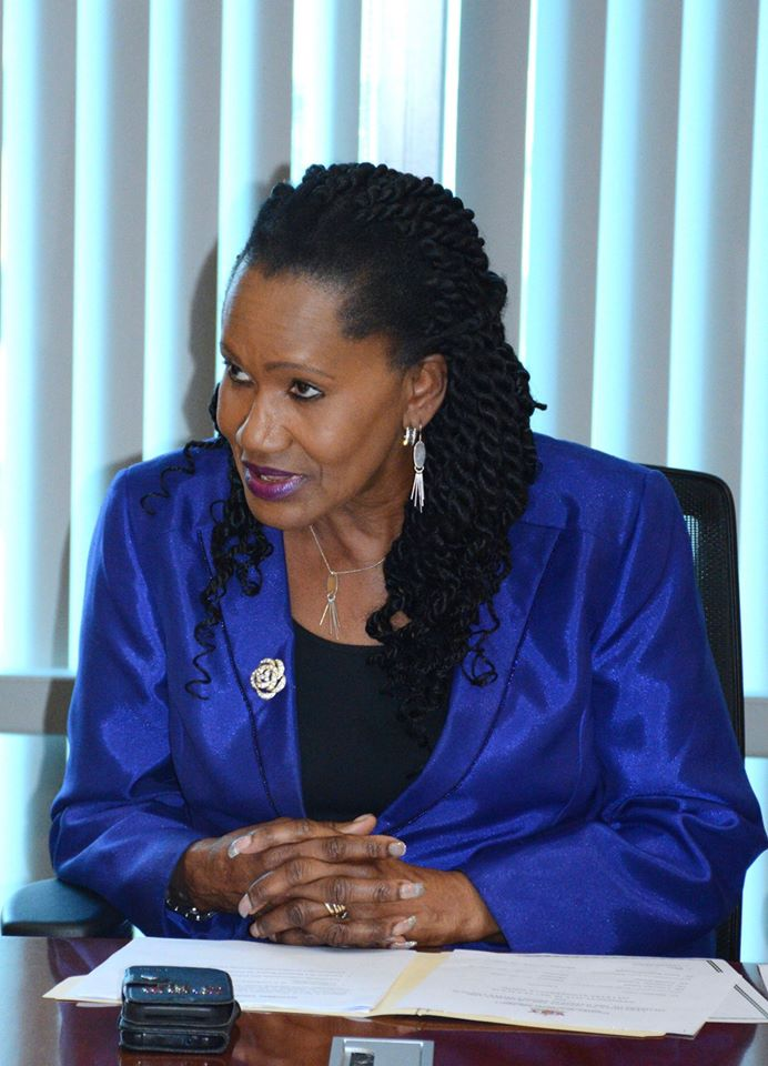 Minister of Labour Tells Employers to Give Workers Pandemic Leave