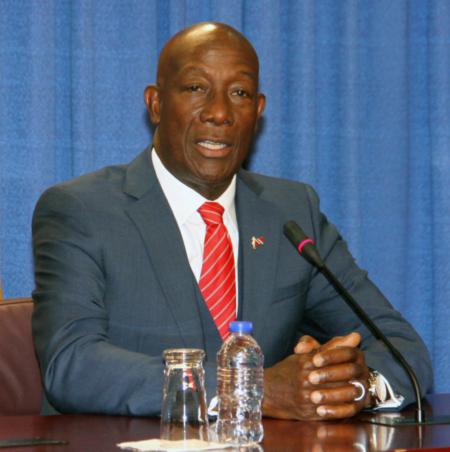 Rowley: T&T Borders Could be Prised Open to Allow Human Trafficking  Ver la historia en Español abajo