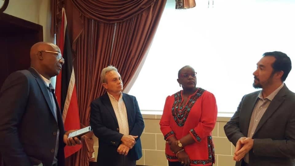 PM Meets BP en Route to Ghana