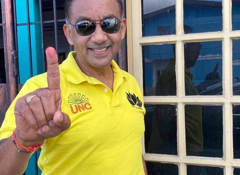 Vasant, Councillor Clash Over Lotus Jersey