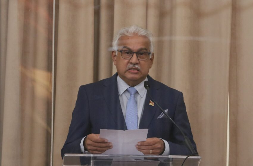 Government Didn't Ask Private Sector to Pay for Covid Vaccines – Deyalsingh