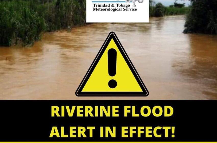 Police Assist Flood Stricken Residents in St Helena
