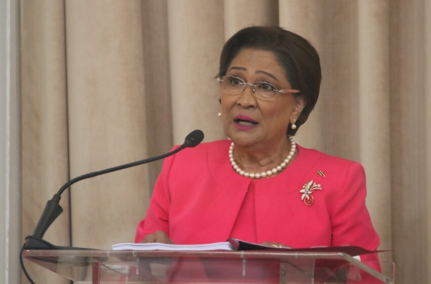 Kamla: Not Even DSS will Lend Govt Money  Says PNM, Not Covid Driving T&T to Bankruptcy